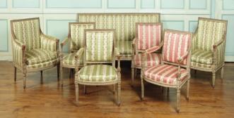 8 fauteuils